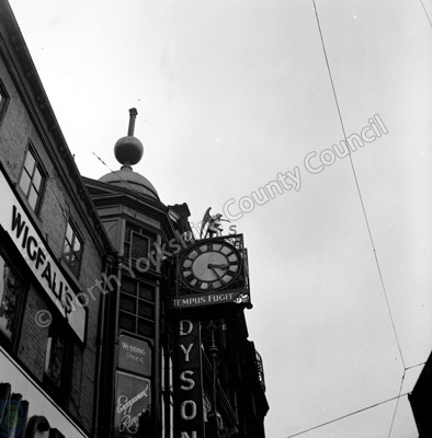 Clockmakers Sign, Leeds